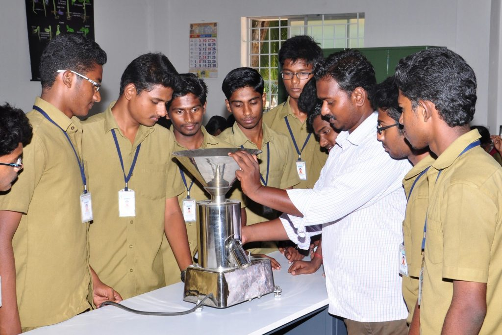 Seed Technology Lab